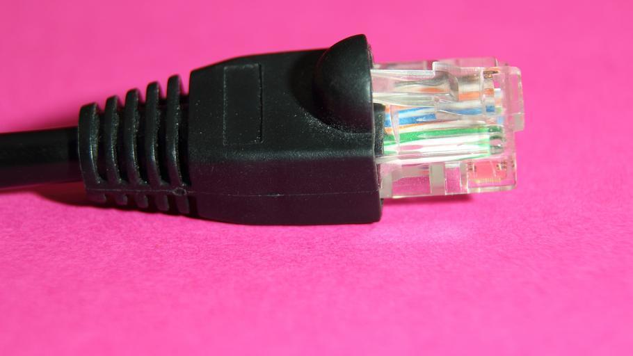 Kabel pro připojení k internetu