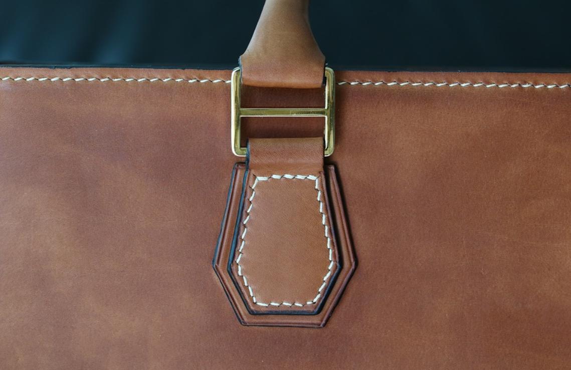 kabelka z kůže