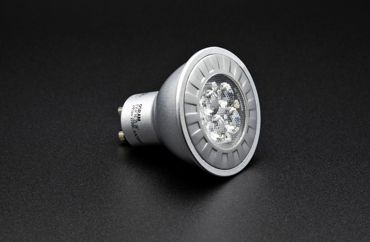 LED žárovky Duralamp